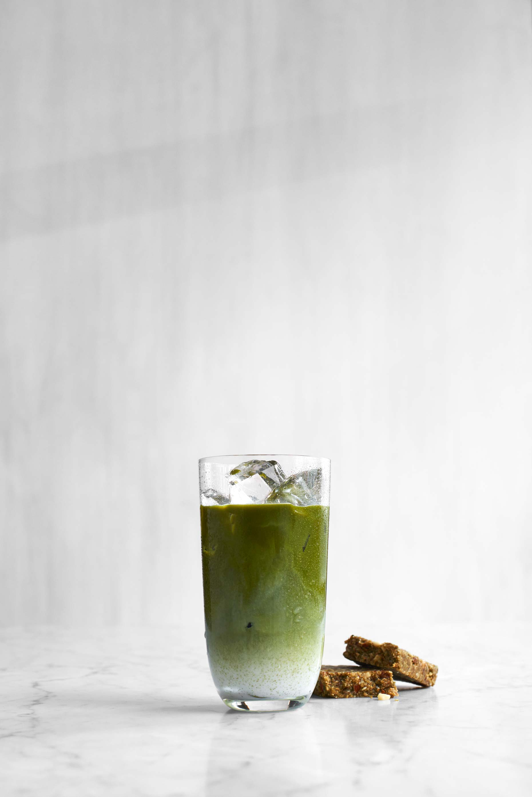 Green pear and kiwi smoothie photographed by Food Photographer Adrian Mueller New York