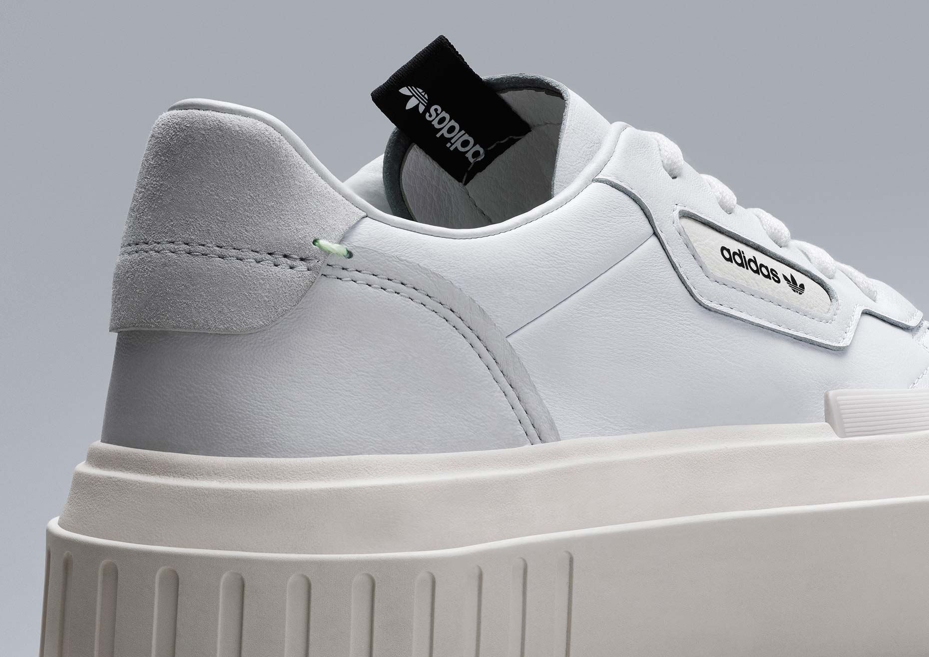 adidasOriginals_SS19_Sleek_HYPERSLEEKW_G54050_03_Detail_COMP_c