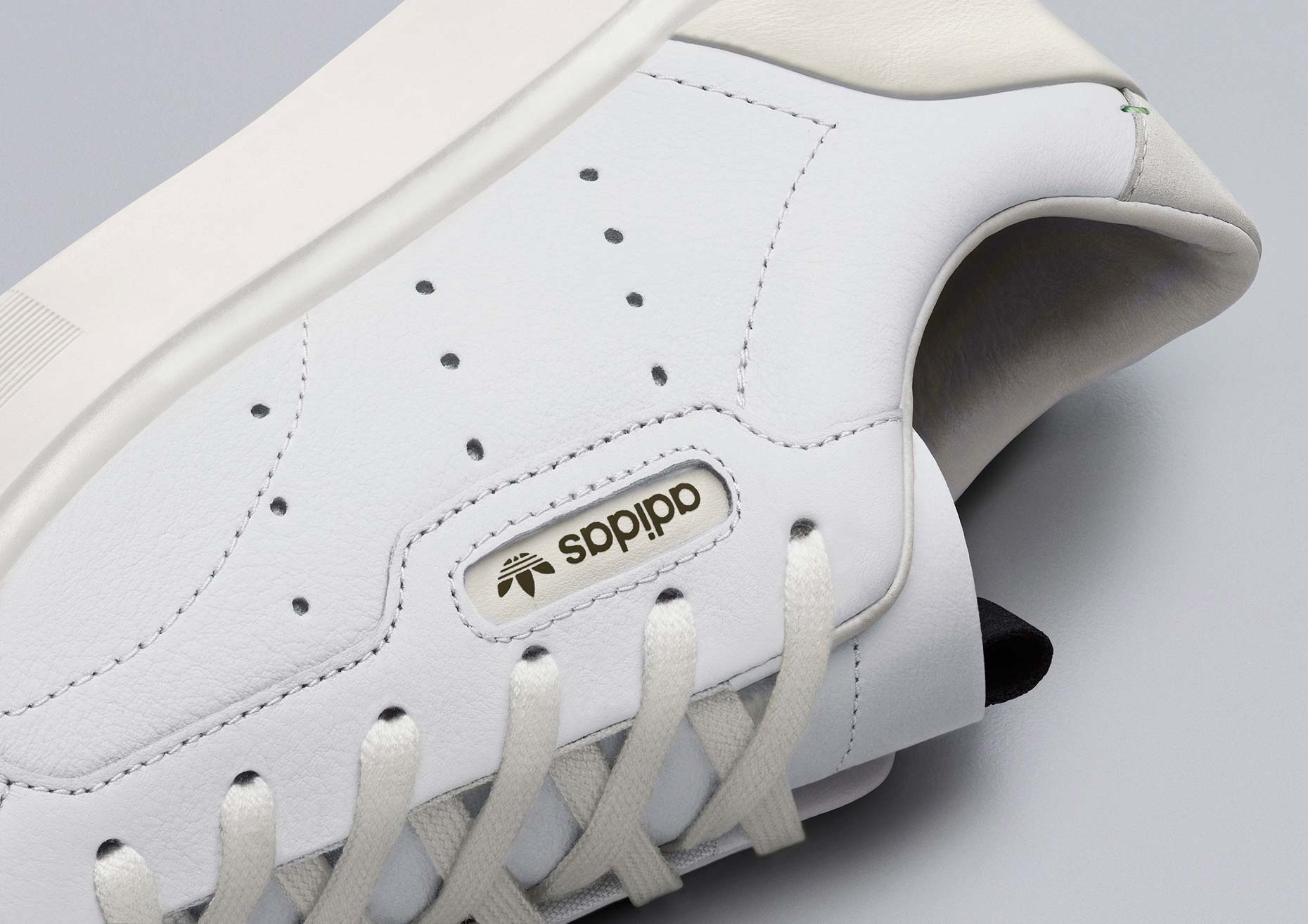 adidasOriginals_SS19_Sleek_SleekW_CG6199_01_Detail_COMP_c