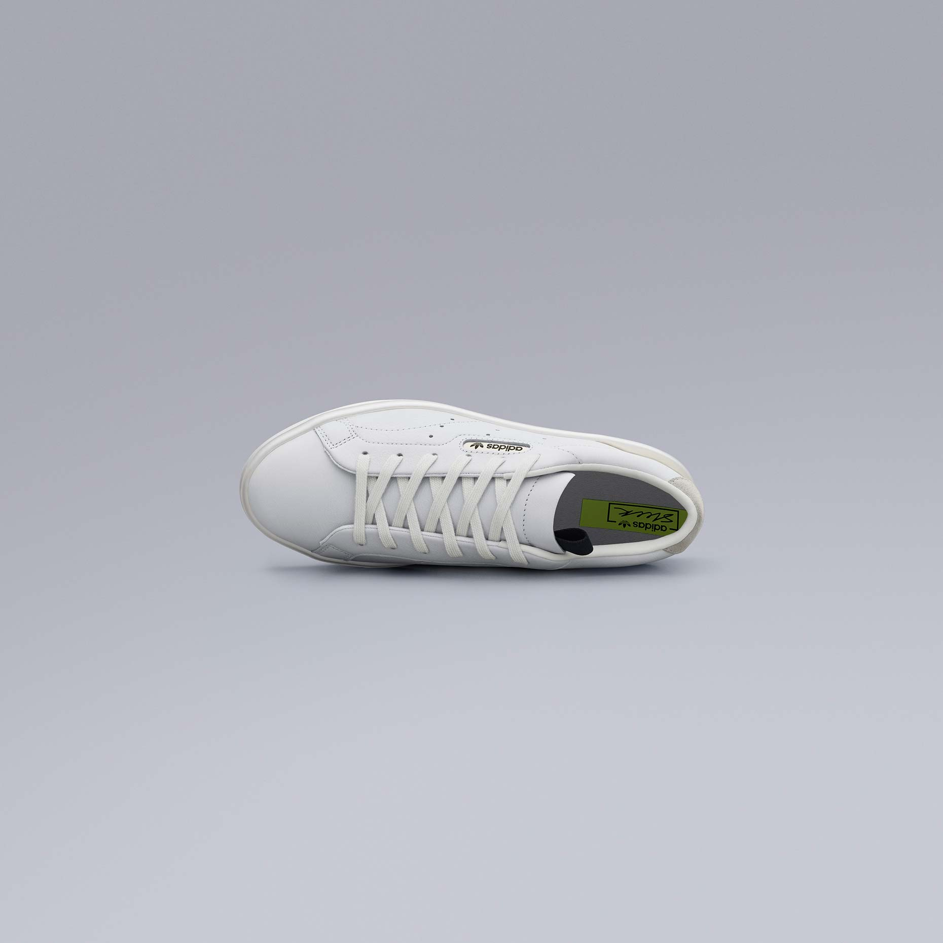 adidasOriginals_SS19_Sleek_SleekW_CG6199_02_Angle_COMP_c