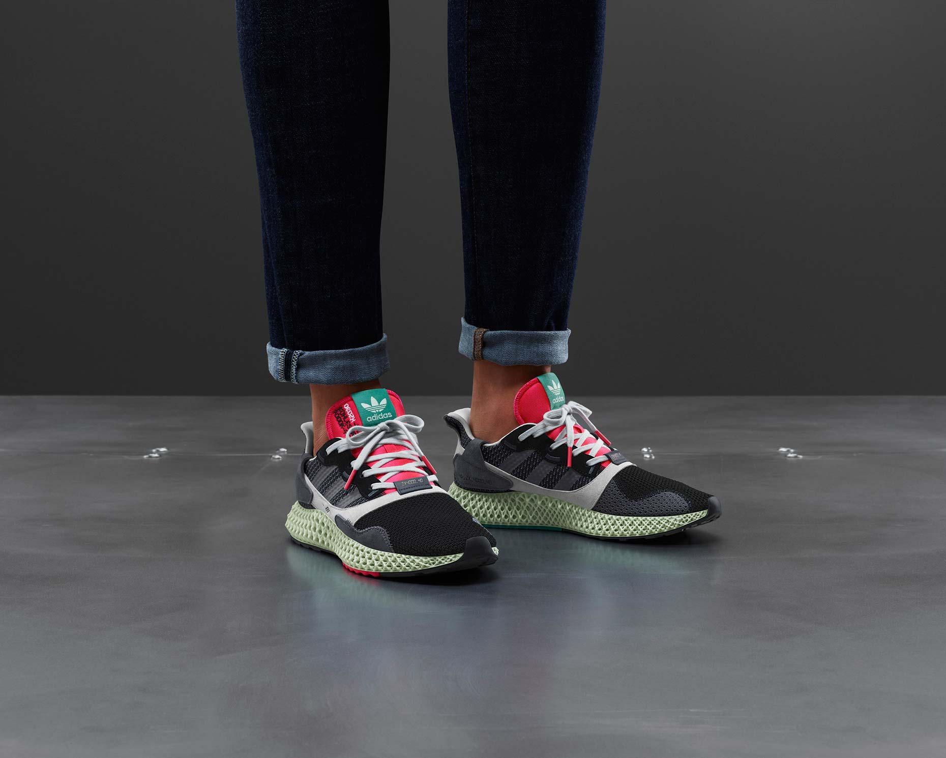 adidasOriginals_SS19_ZX_ZX40004D_BD7931_01_Side